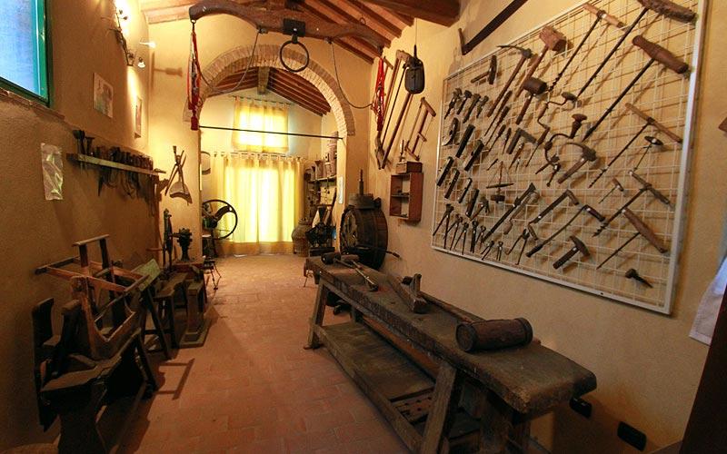 Museo delle arti e della cultura contadina del Montalbano falegname