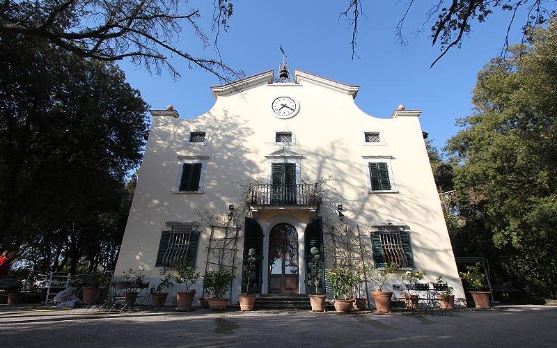 Villa del Parco limonaia