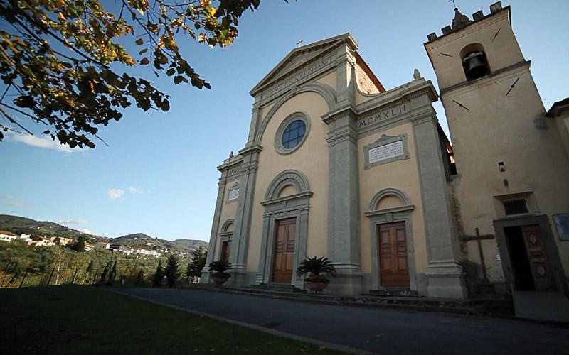Chiesa di Santo Stefano lamporecchio-esterno